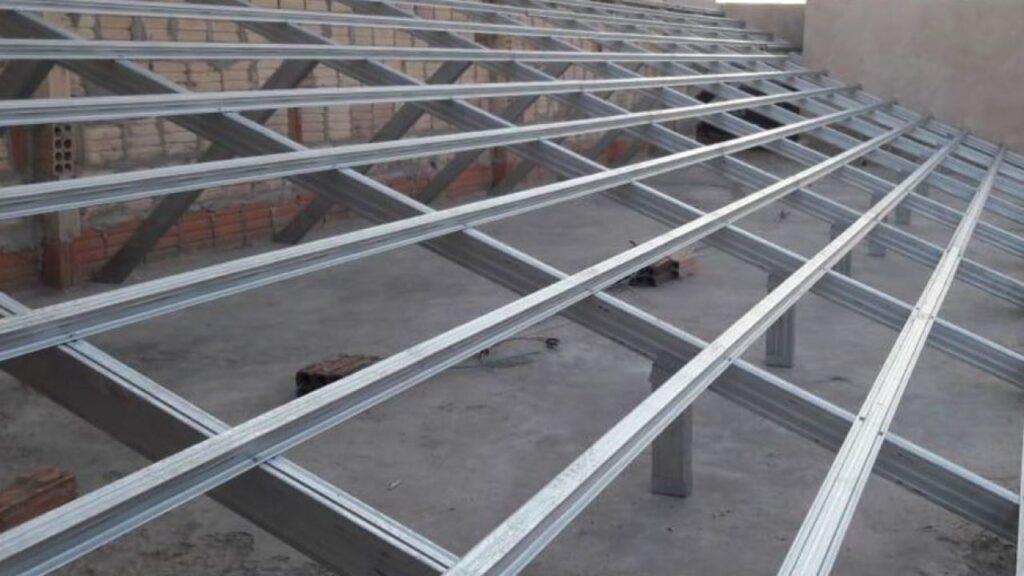 estrutura metalica para telhados embutidos